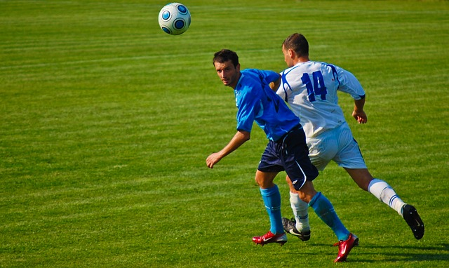 football-905973_640